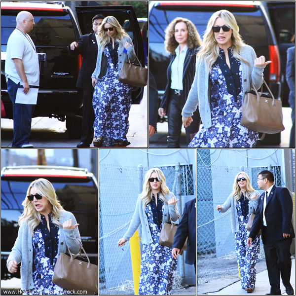 -    25/04/2013 : Kaley arrivant aux studios de l'émission Jimmy Kimmel Live à Los Angeles.  -