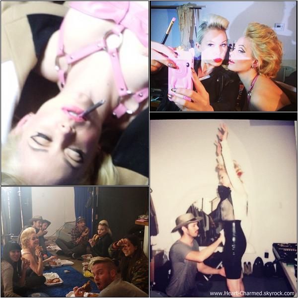 -    Photoshoot 2013 : Rose est actuellement en train de préparer un photoshoot pour le magazine de mode américain Mint.  -