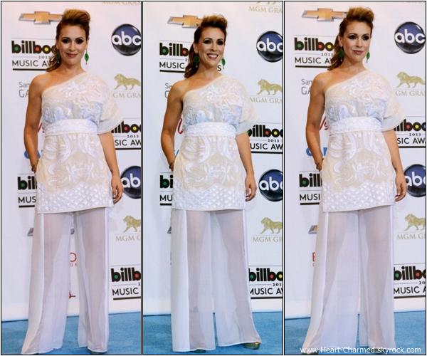 -    19/05/2013 : Alyssa assistant à la cérémonie des 2013 Billboard Music Awards qui se déroulait à Las Vegas.  -