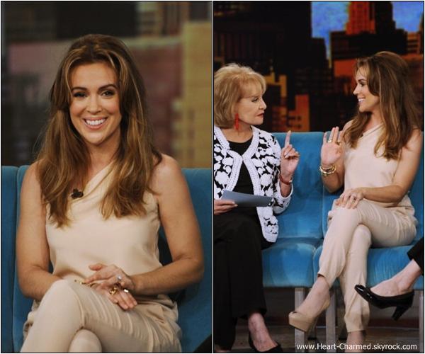 -    08/07/2013 : Alyssa arrivant aux studios de l'émission Good Morning NY à New-York.  -