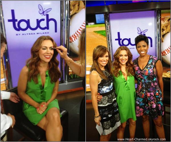 -    16/07/2013 : Alyssa arrivant aux studios de la chaîne NBC pour assister à l'émission New-York Live à New-York.  -