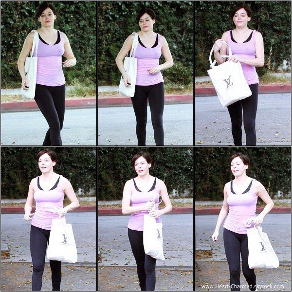 -    27/07/2013 : Rose se promenant dans les rues de Weho.  -