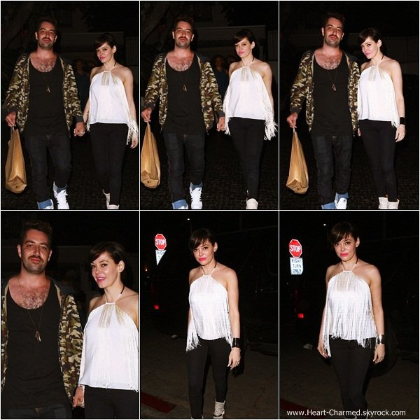 -    27/07/2013 : Rose et son fiancé Davey Detail quittant le Château Marmont à Los Angeles.  -