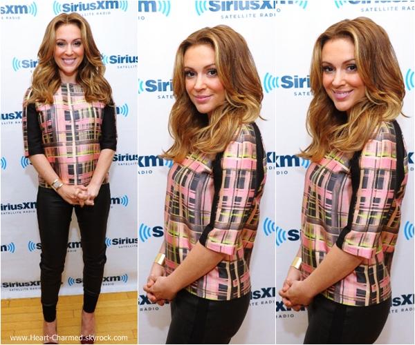 -    04/09/2013 : Alyssa dans les studios de la radio SiriusXM à New-York.  -