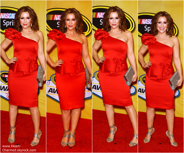 -    06/12/2013 : Alyssa assistant au Nascar Sprint Cup Series Champion's Awards 2013 à Las Vegas.  -