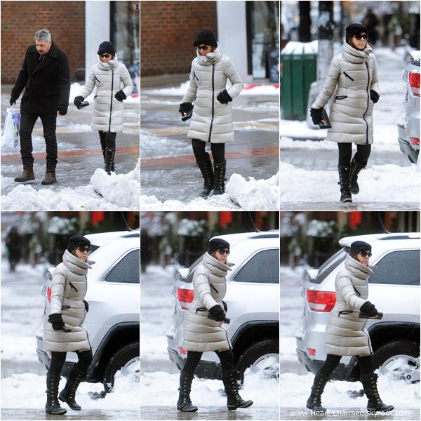 -    05/02/2014 : Alyssa se promenant dans les rues de New-York.  -