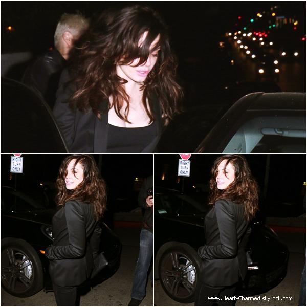 -    26/03/2014 : Rose quittant le Château Marmont à Los Angeles.  -