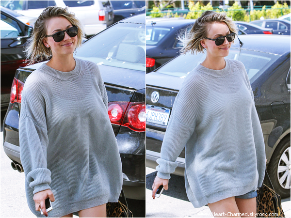 -    23/04/2014 : Kaley arrivant/quittant un salon de coiffure à Los Angeles.  -