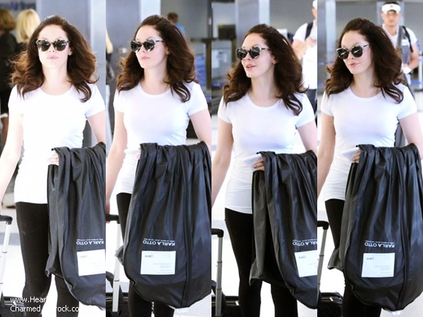 -    01/05/2014 : Rose arrivant à l'aéroport LAX de Los Angeles.  -