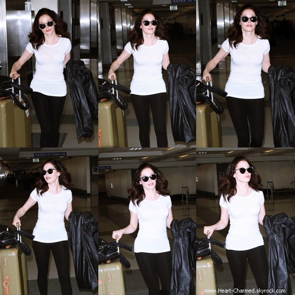 -    01/05/2014 : Rose arrivant à l'aéroport LAX de Los Angeles.  -