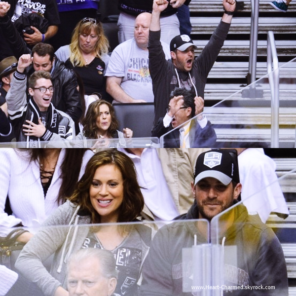 -    26/05/2014 : Alyssa et son mari David Bugliari assistant à un match des LA Kings à Los Angeles.  -