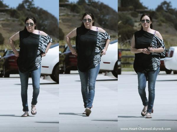 -    09/06/2014 : Shannen et son mari Kurt faisant quelques courses à Malibu.  -