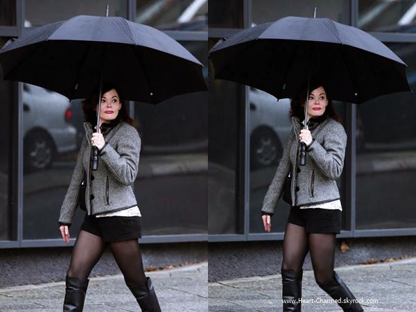 -    22/06/2014 : Rose se promenant dans les rues de Perth, en Australie.  -