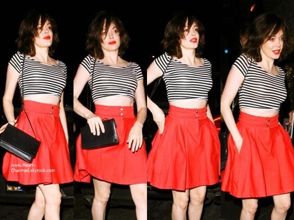 -    30/06/2014 : Rose quittant le restaurant Rivabella à Hollywood.  -