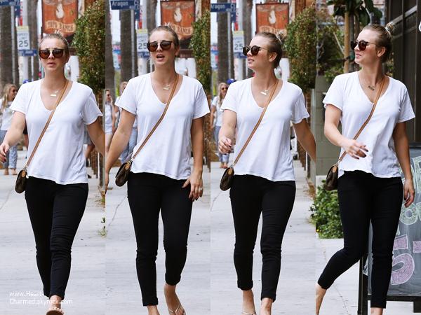 -    01/07/2014 : Kaley et son mari Ryan Sweeting allant déjeuner à Venice.  -