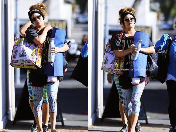 -    24/11/2014 : Kaley quittant son cours de yoga à Sherman Oaks.  -