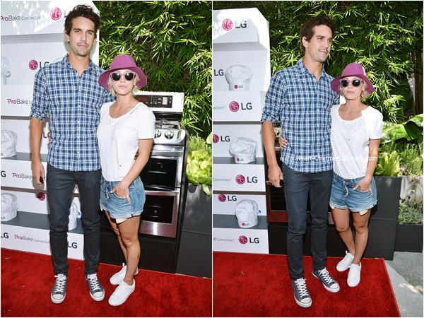 -    22/08/2015 : Kaley assistant au Eva Longoria and LG Electronics Host 'Fam To Table' Series à Culver City.  -