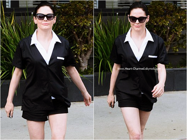 -    21/09/2015 : Rose arrivant/quittant un pressing à West Hollywood.  -