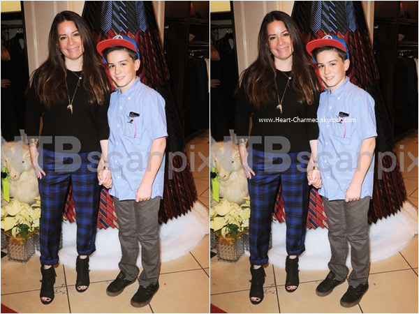 -    05/12/2015 : Holly et son fils Finley au St Jude Children's Research Hospital à Beverly Hills.  -