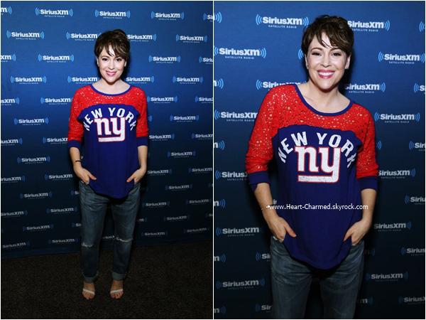 -    05/02/2016 : Alyssa assistant au SiriusXM Radio - Superbowl 50 NFL Experience à San Francisco.  -