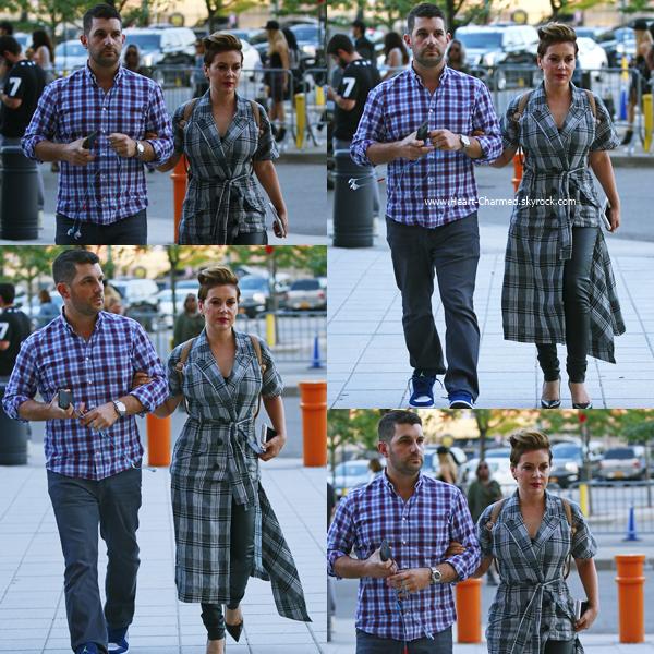 -    07/06/2016 : Alyssa et son mari David se rendant au concert de Beyonce à New-York.  -