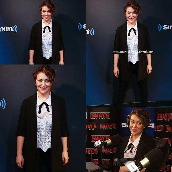 -    20/06/2016 : Alyssa dans les studios de la radio SiriusXM à New-York.  -