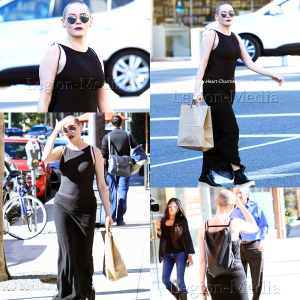 -    03/11/2016 : Rose faisant du shopping à Beverly Hills.  -