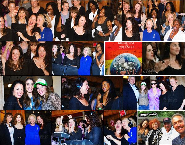 - « What the World Needs Now is Love »-─-en mémoire des victimes d'Orlando L'actrice Fran Drescher et parmi d'autre célébrités américaines ont enregistré une chanson en mémoire des victimes de l'attenta d'Orlando en juin. La chanson sera' disponible le 20 juin sur plusieurs plateforme audio. BFMTV nous laisse un coup extrait lors l'événement. ─ Cliquez sur la photo. -