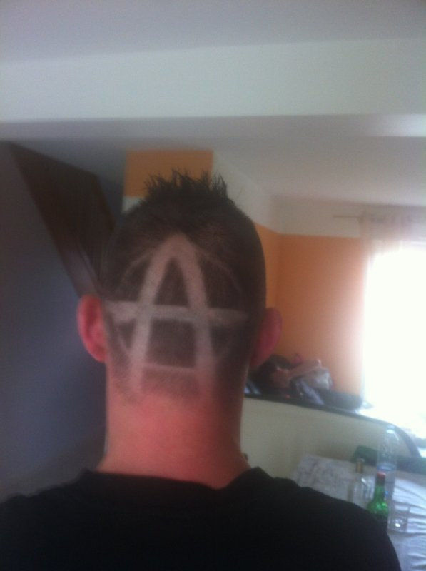 Kelke coupe de cheveu ;-)
