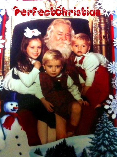 ✖ Deux nouvelle photos de Christian et Caitlin quand il étaient petits.