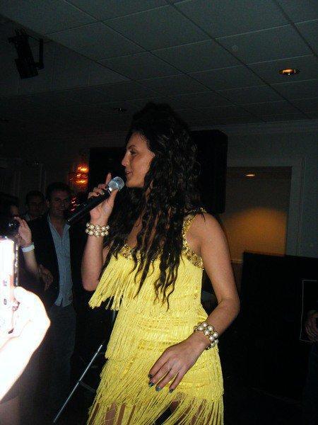 Genta Ismajli - Concert ne Amerike - 23.12.10