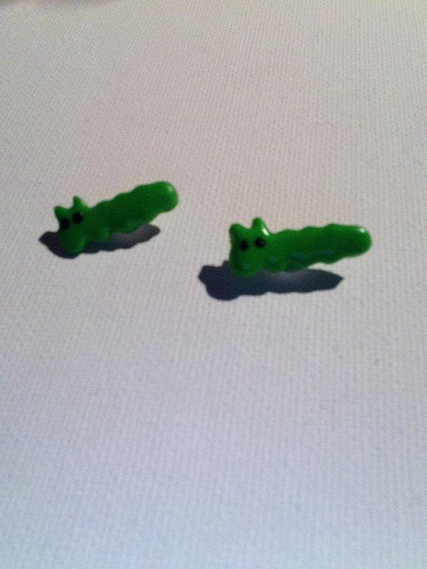 Boucles d'oreilles puces chenille ( Flavie )