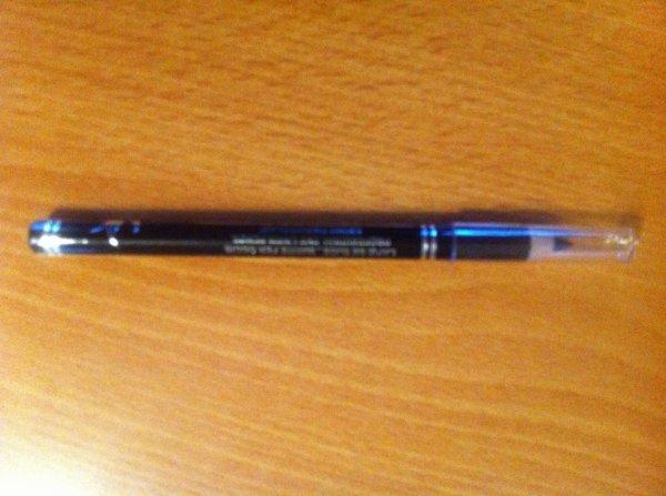 crayon noir waterproof