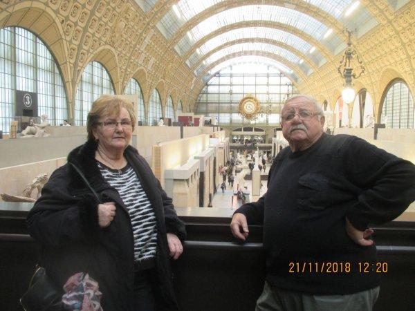 Visite du Musée d'Orsay à Paris avec mon épouse et deux de mes filles Carine l'ainée et Michele la benjamine