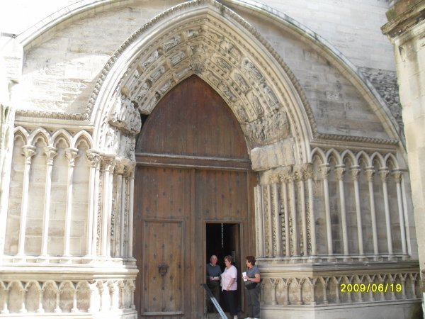 Basilique de St Denis en Ile de France  - Mausolé des Rois et Reines de France -Bravo nomaka mamgoud nono josy et bien sur papinou l'enfant du pays