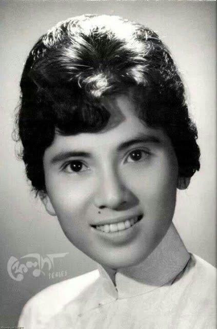 Nënê tereza e re connue sous le nom de Mère Theresa de Calcutta d'origine Albanaise et naturalisée Indienne - Bravo: papi dany josy