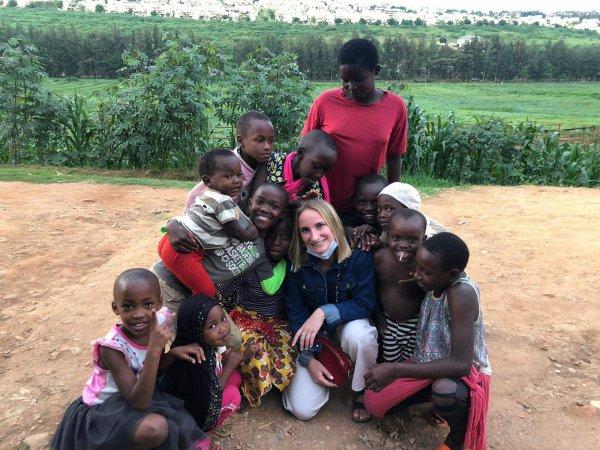 Notre petite fille Lisa  à Kigali au Rwanda pour un stage . Photo d'aujourd'hui