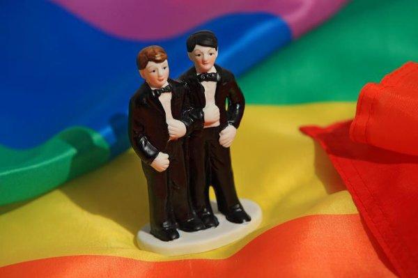 A NEW YORK, LES GAYS PEUVENT DESORMAIS SE MARIER !