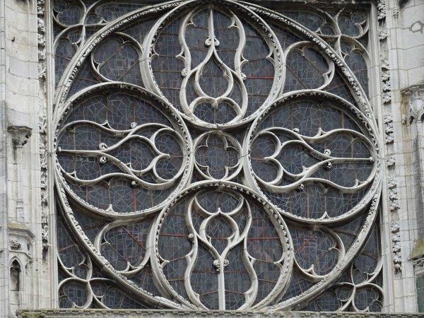 Les vitraux de Notre Dame de Vernon