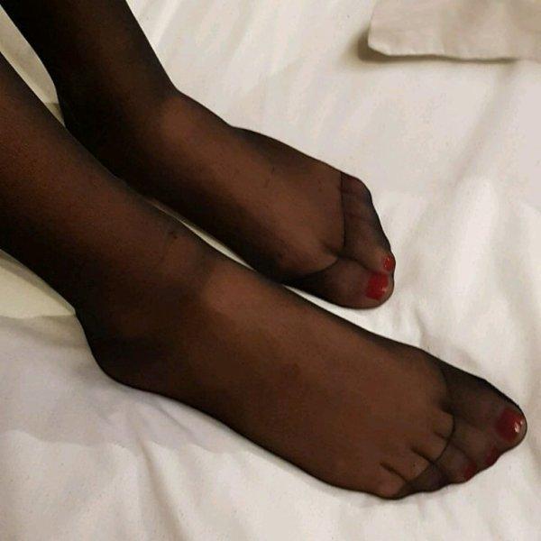 A mes pieds mes soumis !