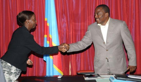 Manque de leadership au sommet de l'état: La ministre Rwandaise Louise Mushikiwabo prend des décisions au nom du gouvernement Congolais concernant la brigade d'intervention de l'ONU qui doit se déployer sur le territoire de la RDC