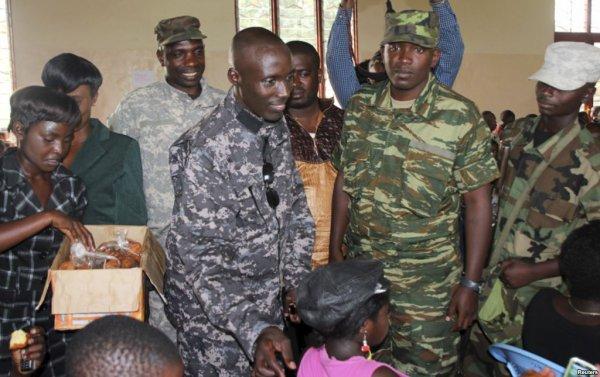 RFI révèle que Sultani Makenga et tous les chefs assassins violeurs du M23 n'ont pas été arrêtés parce que Kabila et la communauté internationale  ont signés des accords pour les réintégrer dans les FARDC