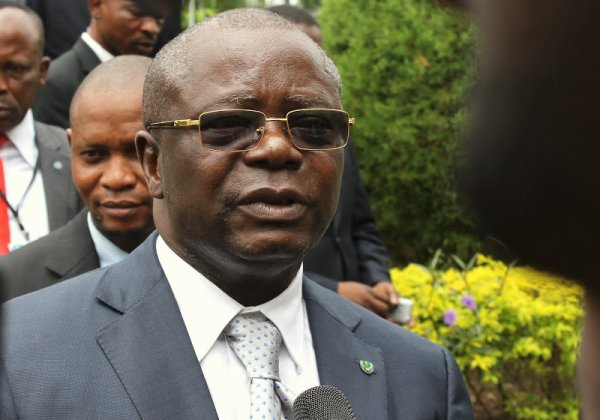 Arrivé de Kanambe le 21 Mai à Paris les combattants très en colère 2500 tué à Brazzaville,