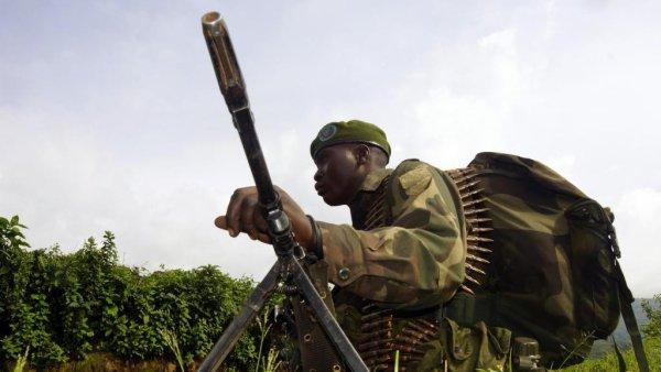 Des soldats FARDC exécutent un officier supérieur qu'ils accusaient de détournement de soldes