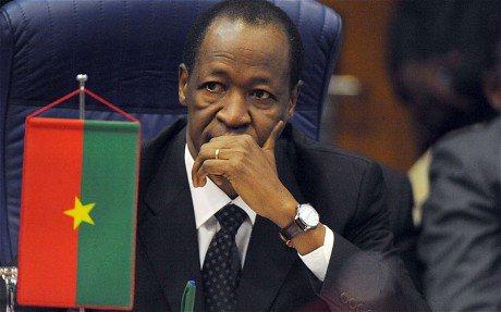Burkina Faso: l'armée prend le pouvoir, couvre-feu national décrété (à qui le tour?)