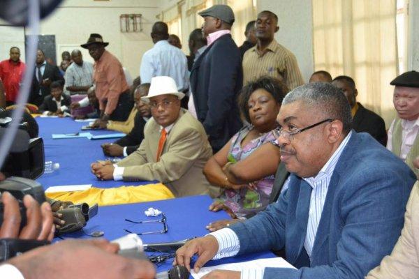 Kamerhe demande à Moïse Katumbi de rejoindre l'opposition et réagit au boycott de l'UDPS de manifester avec l'opposition unie contre la prolongation de mandat de Kabila