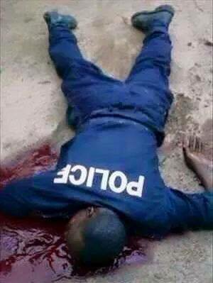 Nous avons déjà des blessés prières de me contacter au 0032479397039, pour toutes les personnes prêtes à cotiser pour venir en aide à nos frères qui tombent sous les balles du dictateur sanguinaire Kabila allié de l'occident et des impérialistes.