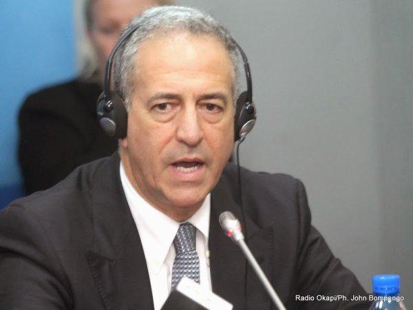 RDC: «Le transfert de pouvoir doit se faire de manière démocratique», affirme Russ Feingold