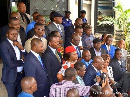 Kinshasa: 33 ONG dénoncent l'attaque de la résidence de l'opposant Moni Della