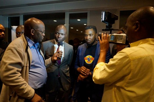 Vidéo: Message de soutien de Felix Tshisekedi, Muyambo, Okundji et Fabrice Puela au Mouvement ALTERNANCE-243